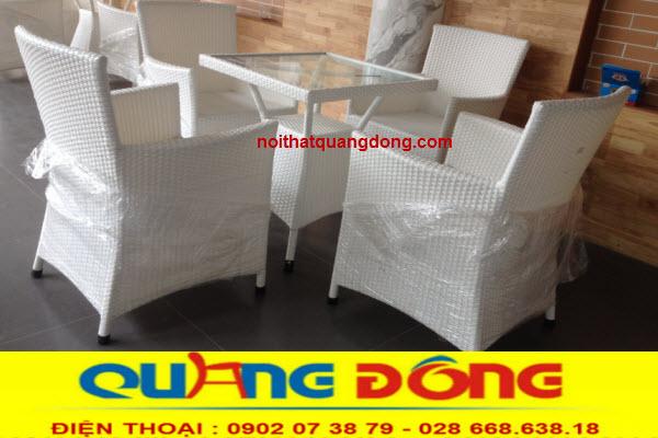 Bàn ghế giả mây QD-064 với gam màu trắng tuyệt đẹp cho quán cafe