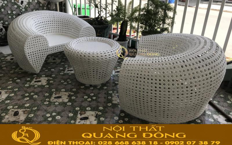 Bộ bàn ghế giả mây QD-2025 thiết kế phom ghế rộng lớn hoành tráng, sang trọng lịch sự đẹp cho mọi không gian nội thất