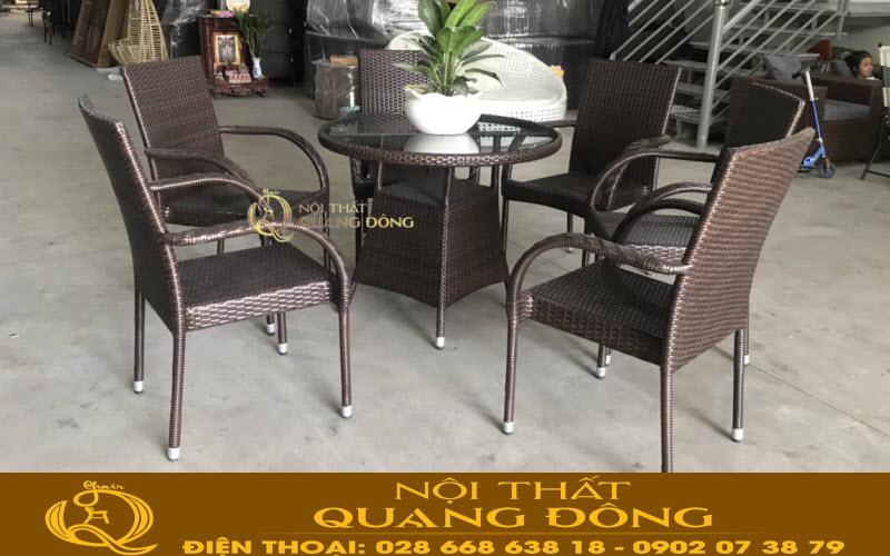 Mẫu bàn 6 ghế cho sân vườn bằng nhựa giả mây QD-2039