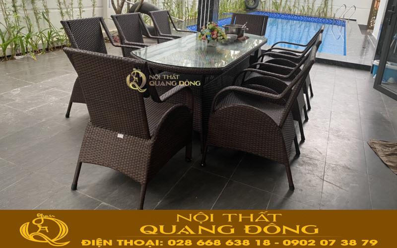 Bộ bàn ghế giả mây QD-2076 sử dụng 8 ghế 1 bàn dài tiện dụng làm bàn ăn hay bàn trà tại sảnh ngoài trời khu vực bể bơi