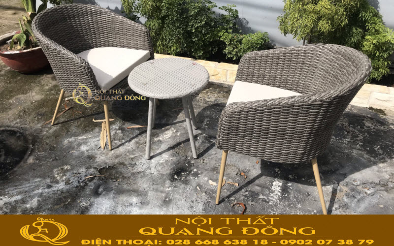 Bàn ghế giả mây dùng cho sân vườn ngoài trời
