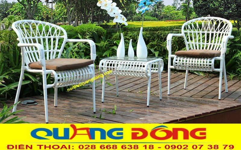 Bộ bàn ghế giả mây QD-271 sản phẩm chuyên dùng cho sân vườn ngoài trời