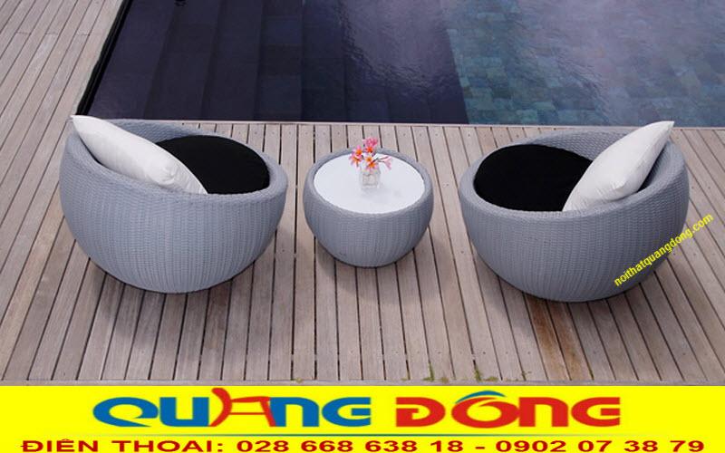 Bộ bàn ghế giả mây QD-290 được sử dụng cho khu vực hồ bơi, bể bơi