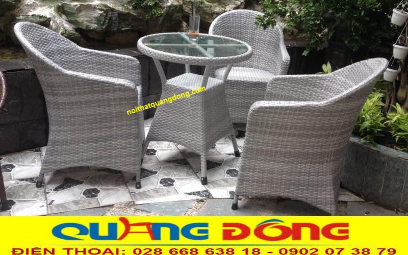 Mẫu bàn ghế giả mây QD-292 phù hợp với không gian quán cafe, khu vực sân vườn ngoài trời