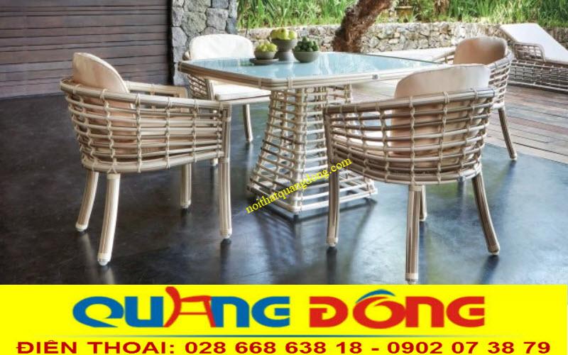 Mẫu bàn ghế đan sợi mây nhựa giả mây tre tự nhiên dùng cho ngoại thất sân vườn