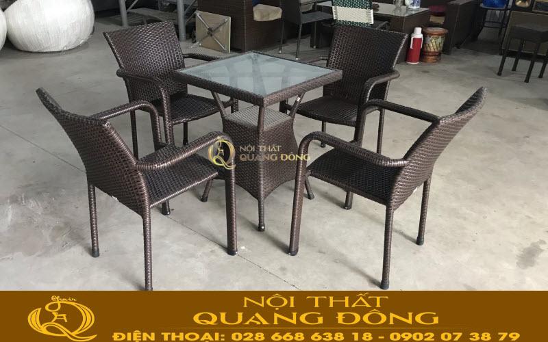 Mẫu bàn ghế giả mây QD-325 màu nâu giả gỗ, phù hợp với mọi không gian