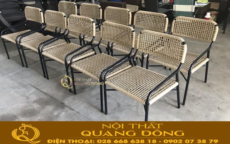 Nội Thất Quang Đông nhà sản xuất ghế giả mây theo yêu cầu được ra hàng loạt sau khi khách đã duyệt mẫu