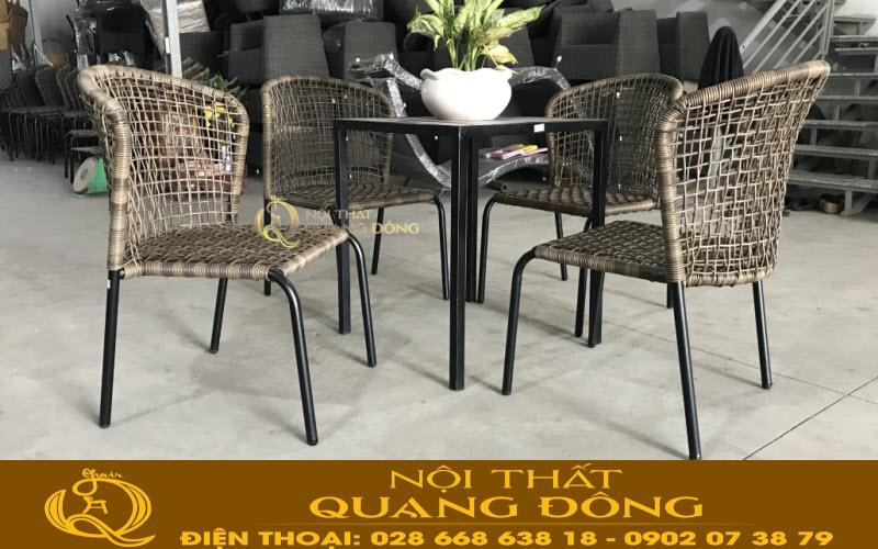 Bộ bàn ghế giả mây QD-340 đan sợi mây nhựa tròn kết hợp kiểu đan kazo êm thoáng