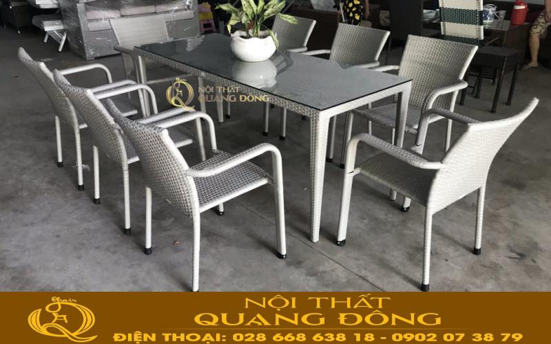 Công ty tnhh Nội Thất Quang Đông nhà sản xuất cung cấp bàn ghế giả mây theo yêu cầu