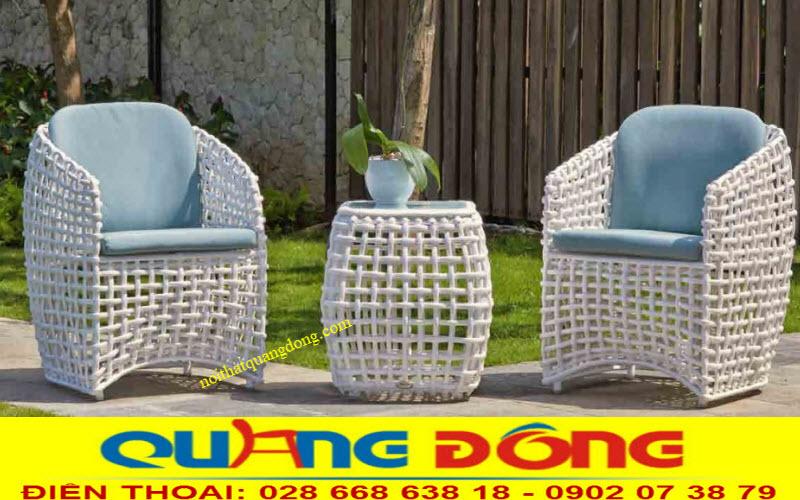 Mẫu bàn ghế giả mây QD-365 màu trắng bộ 2 ghế 1 bàn