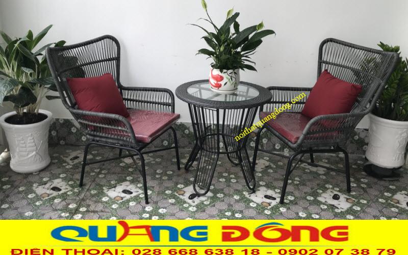 Bộ bàn ghế giả mây QD-387 mang thương hiệu Nội Thất Quang Đông cung cấp cho resort Oceanami