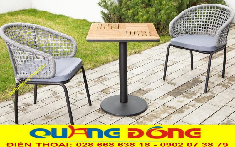 compo 2 ghế 1 bàn điểm nhấn đẹp cho góc sân vườn, ban công