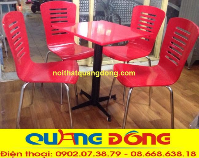 Bàn ghế gỗ uốn cong
