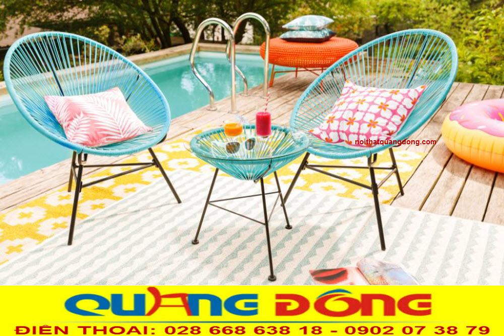 Bộ bàn ghế giả mây QD-2029 khung sắt đan sợi mây nhựa dạng tròn bền đẹp chịu mưa nắng