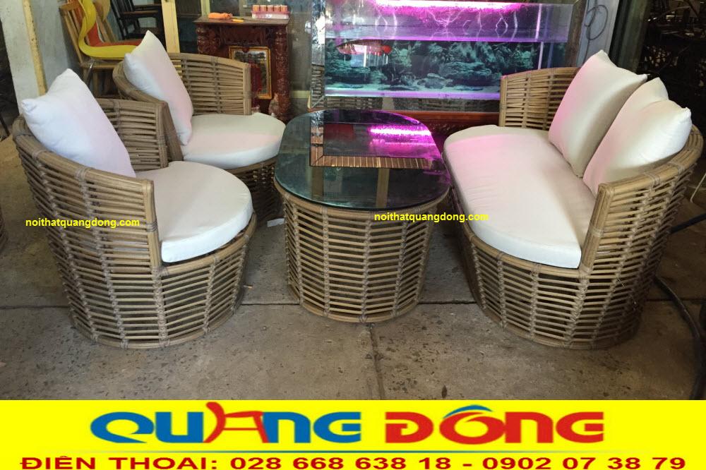 Mẫu ghế nhựa giả mây tre tự nhiên giống tới từng chi tiết nhỏ, bộ bàn ghế giả mây QD-2055