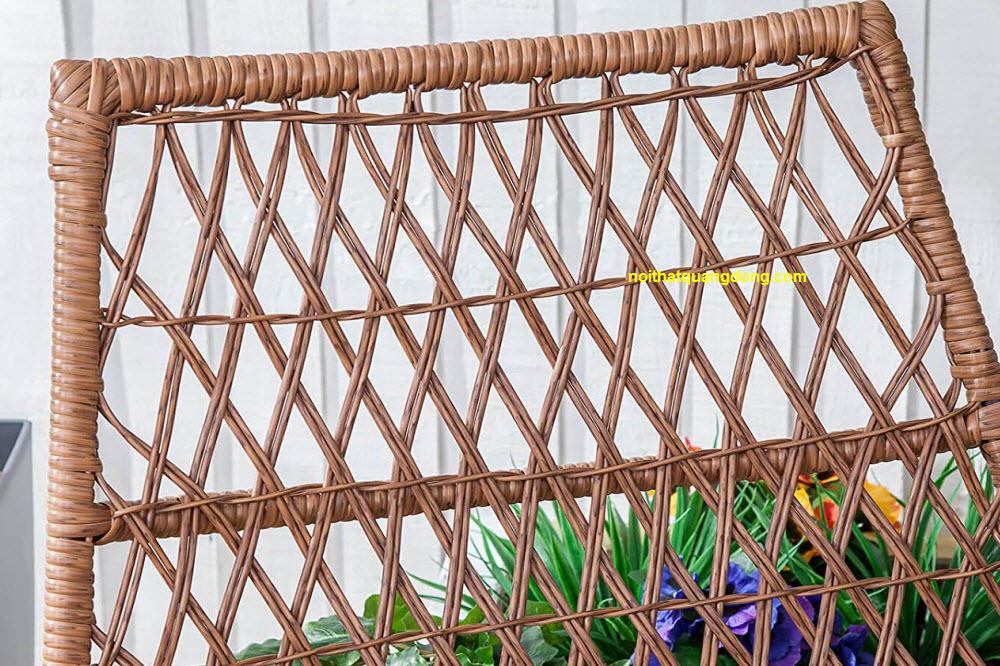 Chi tiết kiểu đan kazo bằng sợi nhựa bản tròn của bộ bàn ghế giả mây QD-2059
