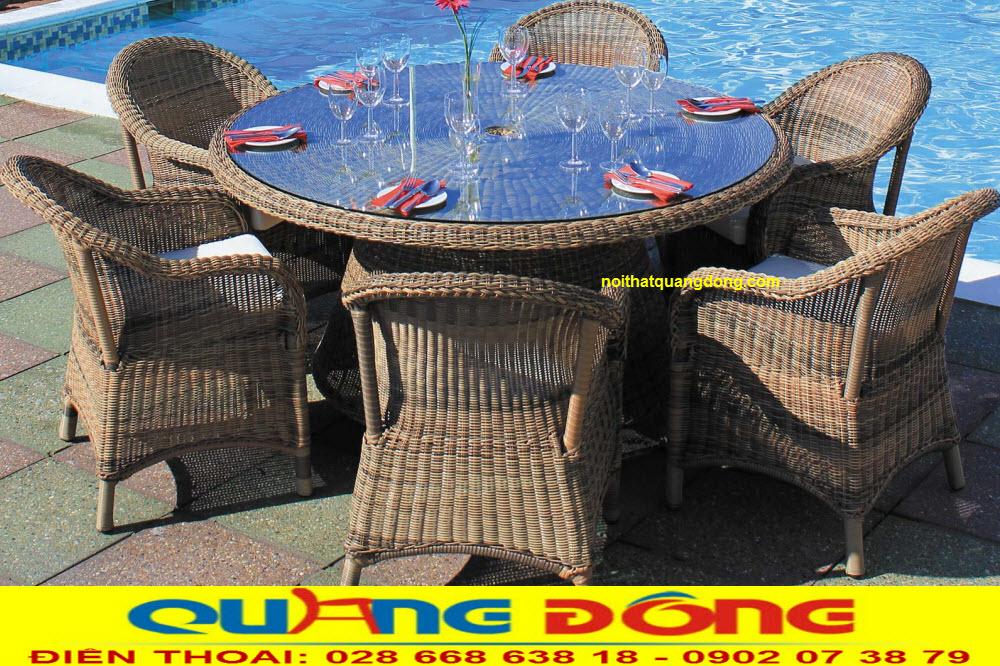 Là bàn ghế dùng cho ngoài trời bộ bàn ghế giả mây QD-2062 được sử dụng sợi nhựa tròn rất bền tính chịu mưa nắng, về mặt thẩm mỹ cao mang nét đẹp mộc mạc tự nhiên