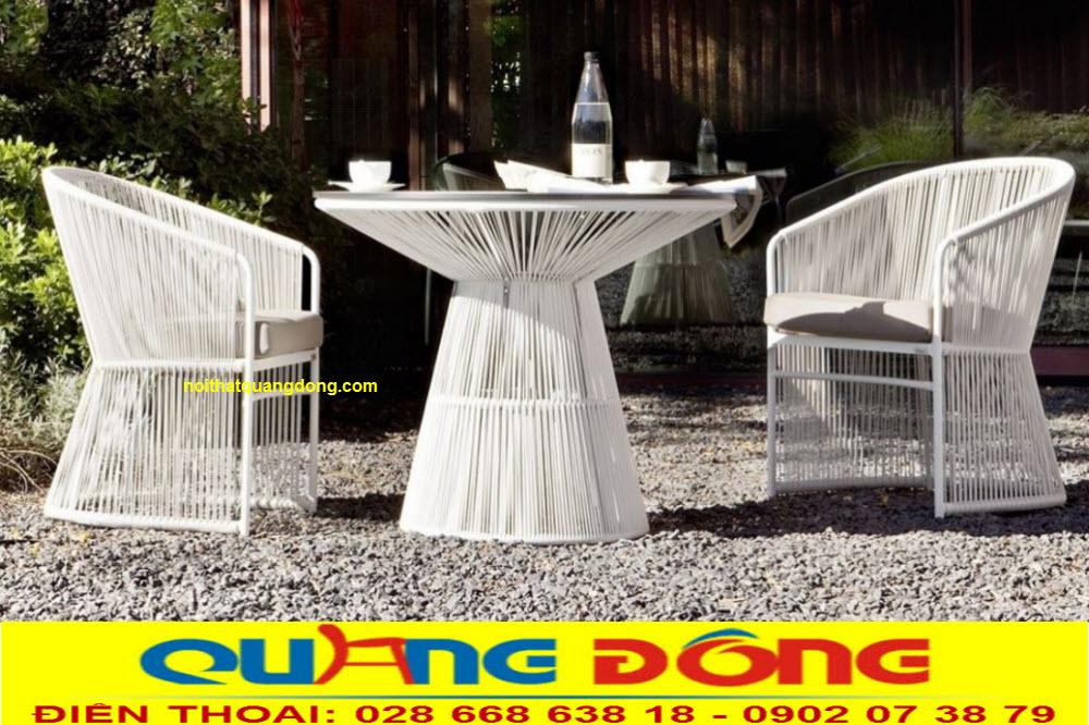 Bàn ghế giả mây đan sợi nhựa tròn bền đẹp chịu mưa nắng