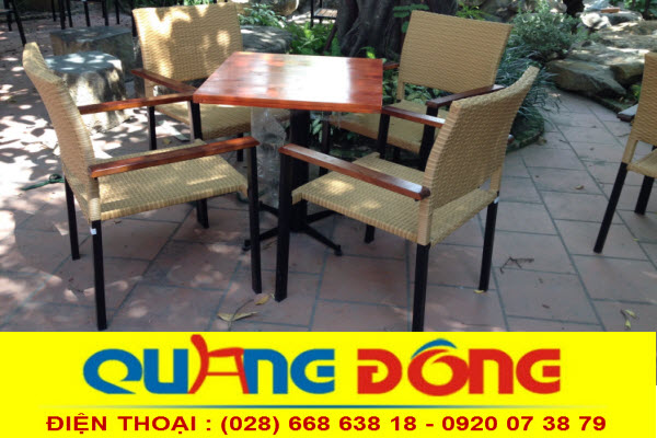 không gian sân vườn ngoài trời quán cafe , hay khu resort thêm sang trọng với mẫu bàn ghế giả mây QD-301