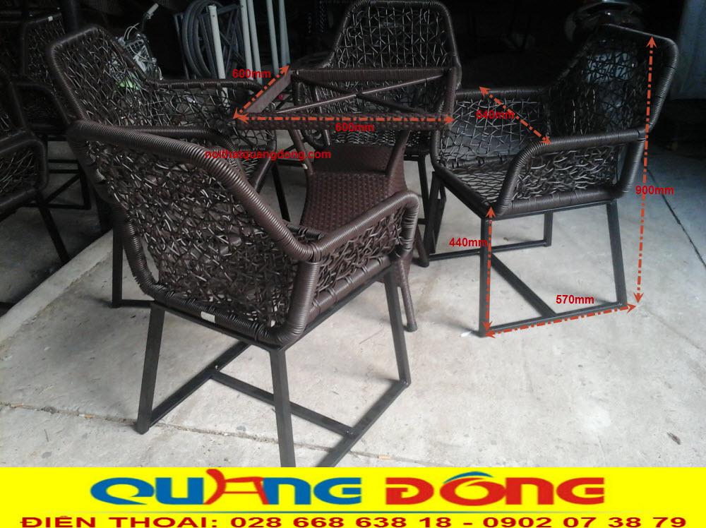 Kích thước tiêu chuẩn bộ bàn ghế giả mây QD-305 cung cấp bởi NỘI THẤT QUANG ĐÔNG