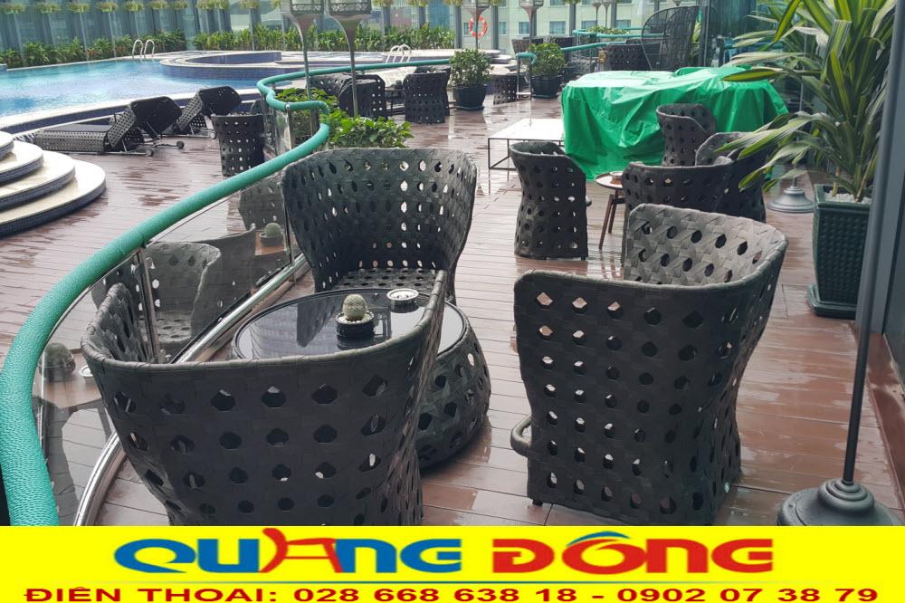 Mẫu bàn ghế nhựa giả mây cao cấp dùng cho sân vườn ngoài trời khách sạn, khu resort