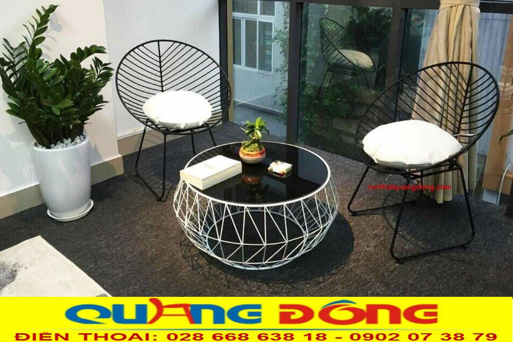 Mẫu bàn ghế sắt đẹp chuyên dùng cho quán cafe sân vườn, Bộ bàn ghế sắt QD-06