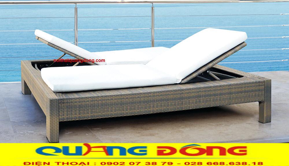 Giường tắm nắng hay còn gọi là ghế hồ bơi là sản phẩm thư giãn không thể thiếu của bể bơi gia đình khách sạn