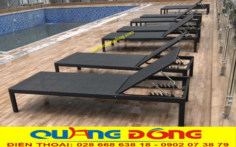 FRESCA RIVERSIDE chọn Nội Thất Quang Đông là nhà cung cấp ghế nằm cho bể bơi