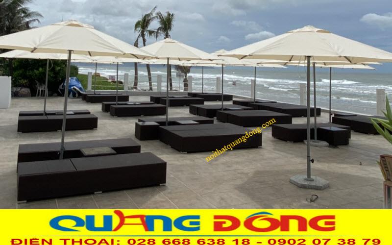 Nội Thất Quang Đông cung cấp ghế nằm hồ bơi giả mây cho Blue Sapphire Resort Vũng Tàu