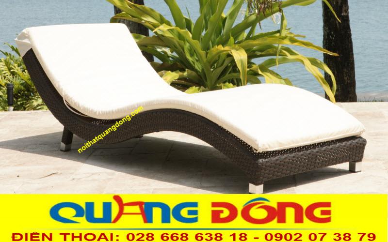 Mẫu giường tắm nắng, ghế nằm hồ bơi bằng nhựa giả mây cao cấp, tính năng chịu mưa nắng ngoài trời bền đẹp với thời gian
