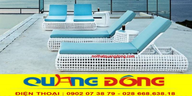 NHững mẫu ghế hồ bơi đẹp nhất được sử dụng cho không gian sang trọng