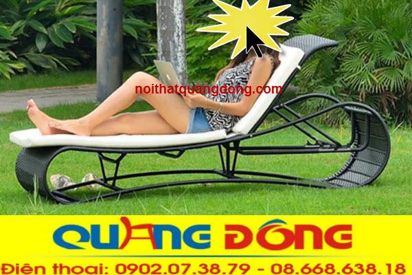 Mẫu ghế hồ bơi QD-561 là sản phẩm được lằm bằng nhựa ratan giả mây chịu mưa nắng êm thoáng cho người sử dụng