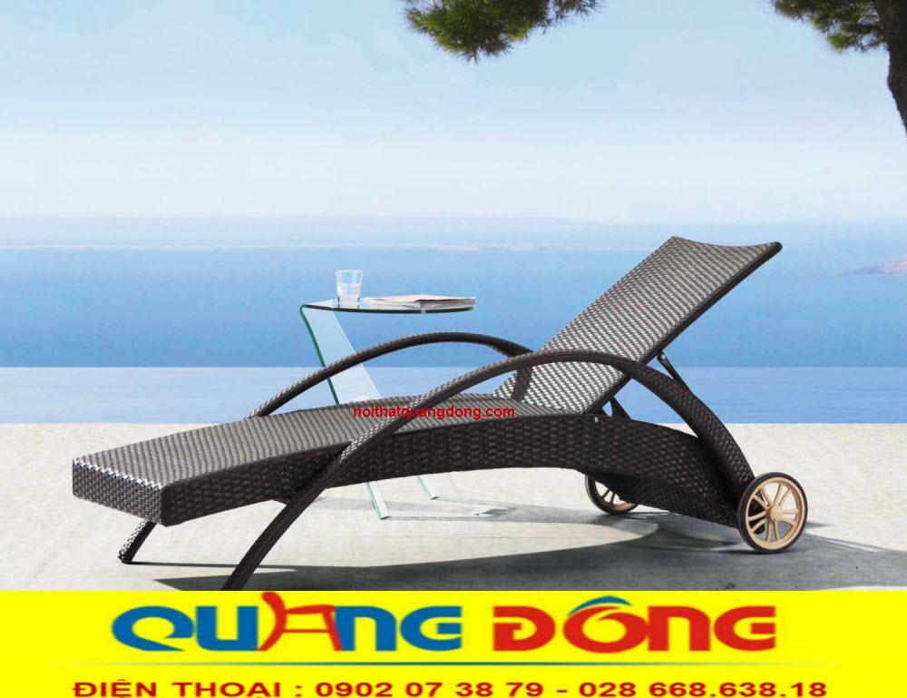 Ghế hồ bơi giả mây với khả năng chịu mưa nắng, êm thoáng khi bạn nằm thư giãn tắm nắng, mẫu ghế hồ bơi QD-252 sản phẩm tuyệt vời cho bể bơi