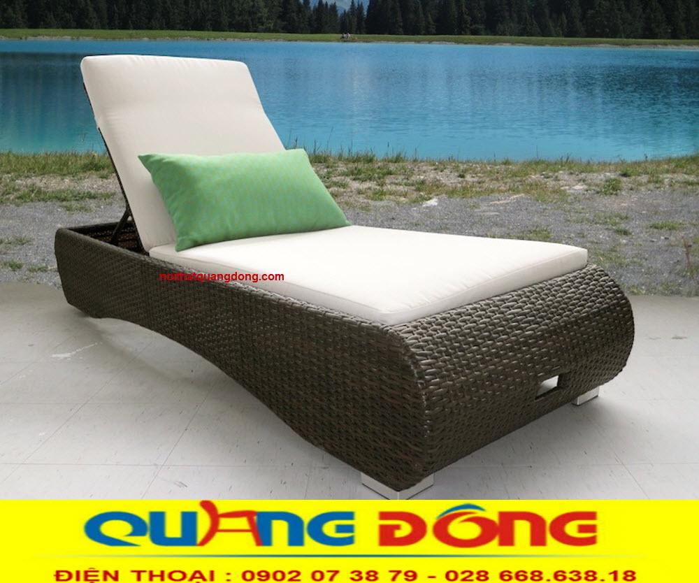 Công ty sản xuất ghế hồ bơi giả mây cho dự án, với hàng trăm mẫu đẹp có sẵn, nhận sản xuất theo bản vẽ yêu cầu