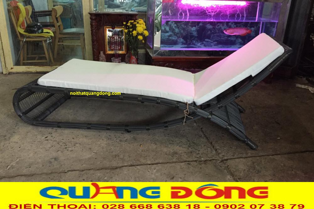 Ghế hồ bơi giả mây QD-563 được ghi hình tại xưởng CÔNG TY TNHH NỘI THẤT QUANG ĐÔNG