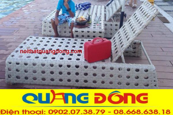 Ghế hồ bơi QD-565 được làm bằng nhựa ratan giả mây có phụ gia kháng Uv tia cực tím chịu mưa nắng cực tốt