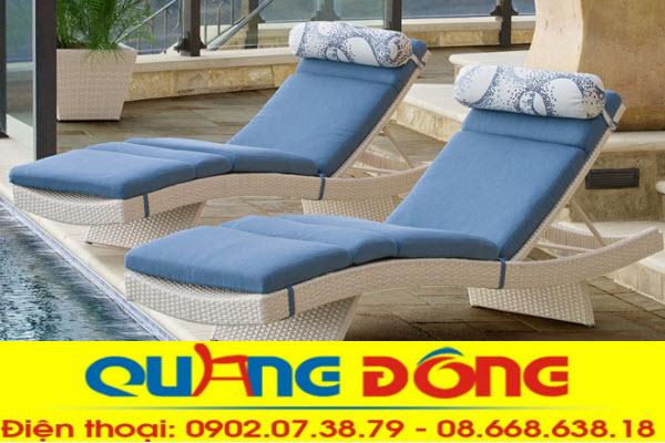Ghế nằm hồ bơi giả mây với ưu điểm chịu mưa nắng kiểu dáng đẹp, rất êm thoáng cho người sử dụng mà giá thành rất bình dân