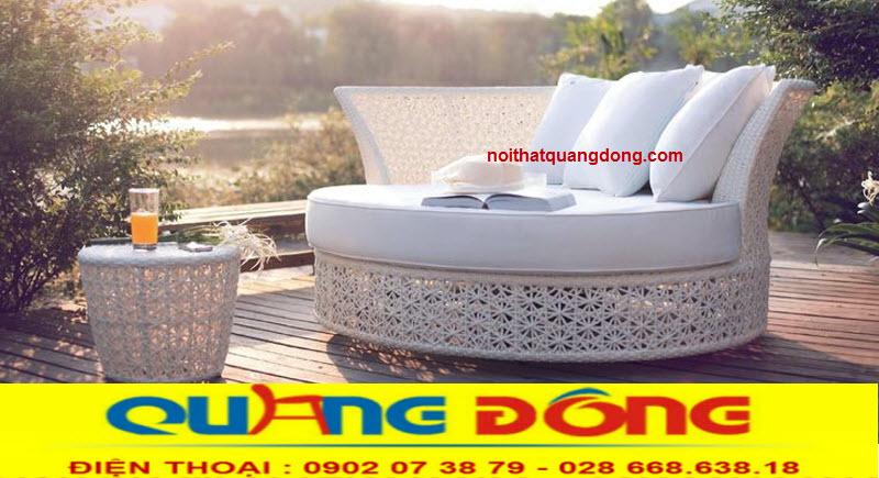 Giường tắm nắng QD-518 là mẫu ghế nằm thư giãn tắm nắng chuyên dụng cho khu vực hồ bơi khách sạn , khu resort
