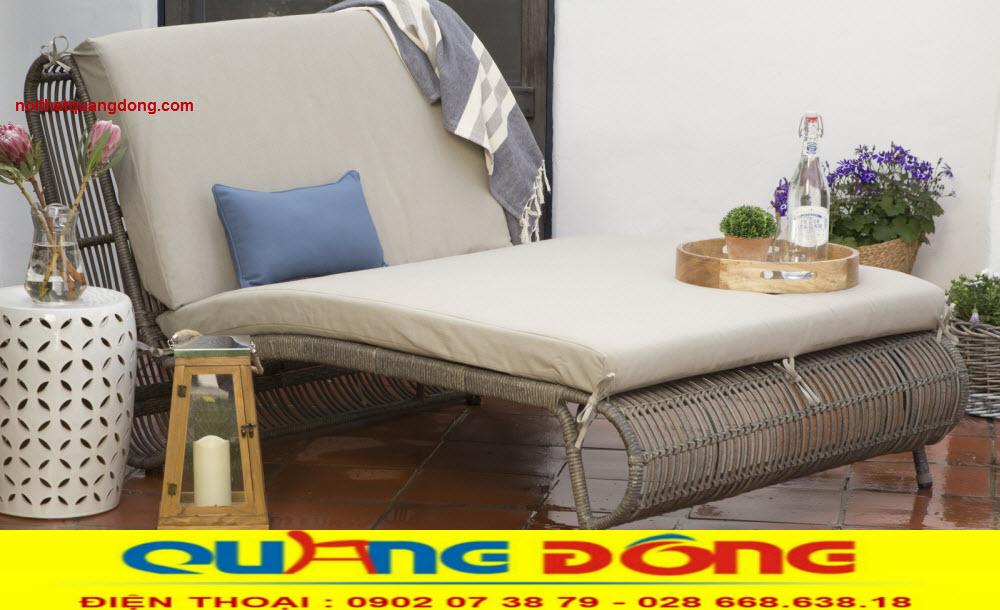Giường tắm nắng QD-522 là sản phẩm bàn ghế nhựa Ratan giả mây tre tự nhiên
