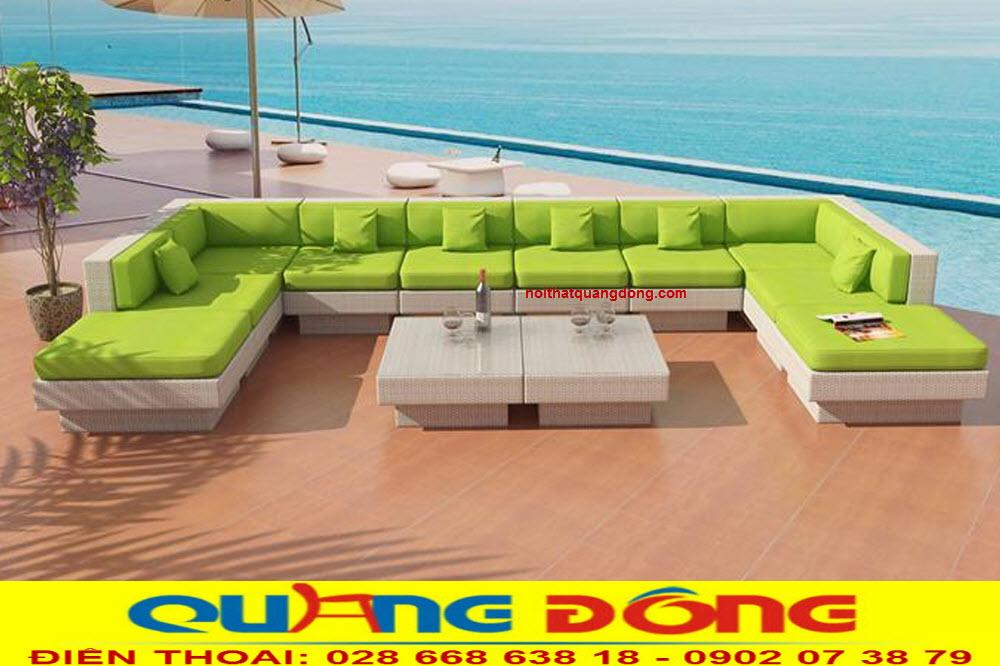 Mẫu sofa giả mây QD-643 nệm màu xanh lá tạo cảm giác mát mẻ khi sử dụng cho sân vườn ngoài trời
