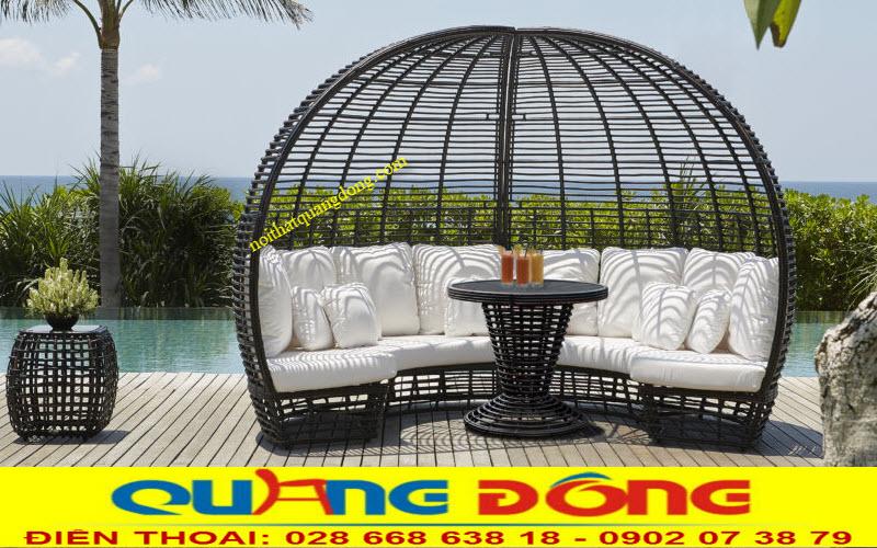 Mẫu sofa ngoài trời QD-655 thiết kế mái vòm lạ mắt tạo điểm nhấn đẹp cho ngoại thất